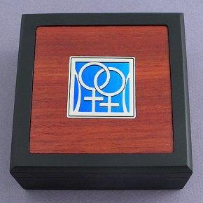 lesbians_coffeetable_boxes__89376.1410097436.1280.1280